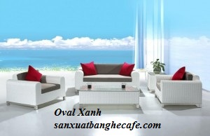 Bàn ghế sofa và giường tắm nắng nhựa giả mây cho resort cafe